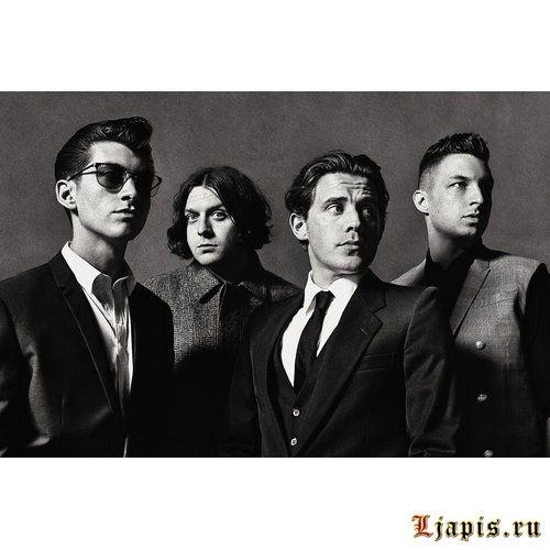 Arctic Monkeys не выпустят синглы до Tranquility Base Hotel & Casino