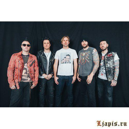 Avenged Sevenfold выпустили песню God Only Knows