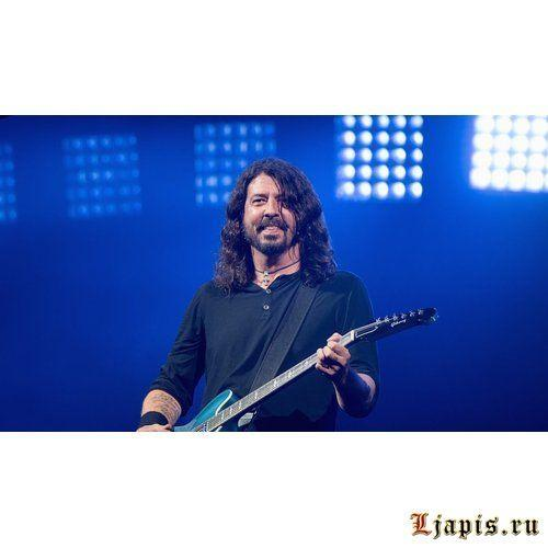 Альбом Foo Fighters Concrete And Gold возглавил чарт Billboard 200