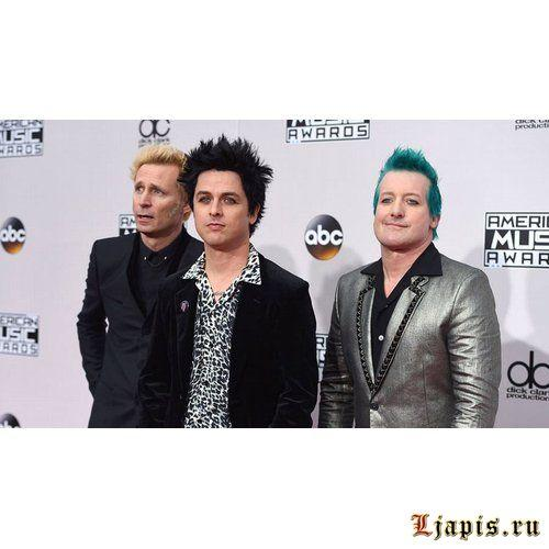 Green Day выпускают книгу Last Of The American Girls